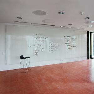 mur d expression 2m de haut jusqu 39 6m de large tableau. Black Bedroom Furniture Sets. Home Design Ideas